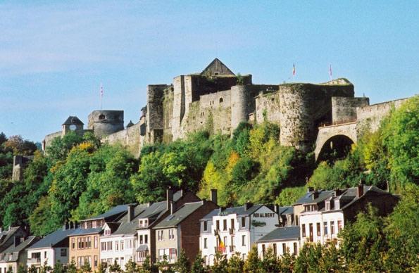 http://www.giterural-carlsbourg.be/ChateauBouillon2.jpg